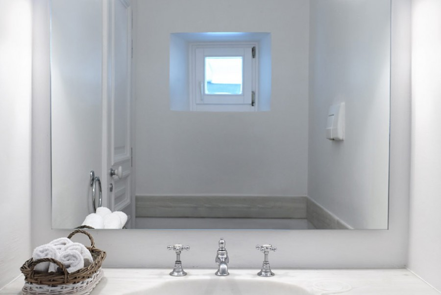 Main-House-12-WC
