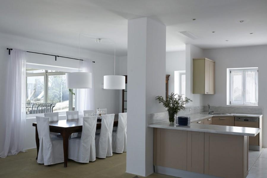 Main-House-6-Dinning-area,-Kitchen
