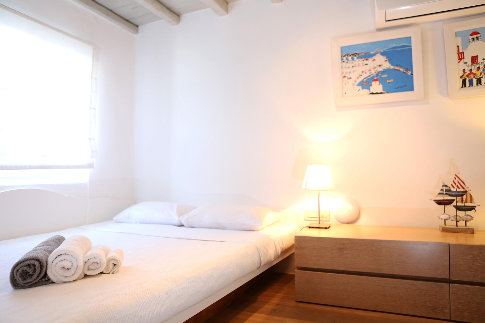 Main-House-Bedroom-2-b