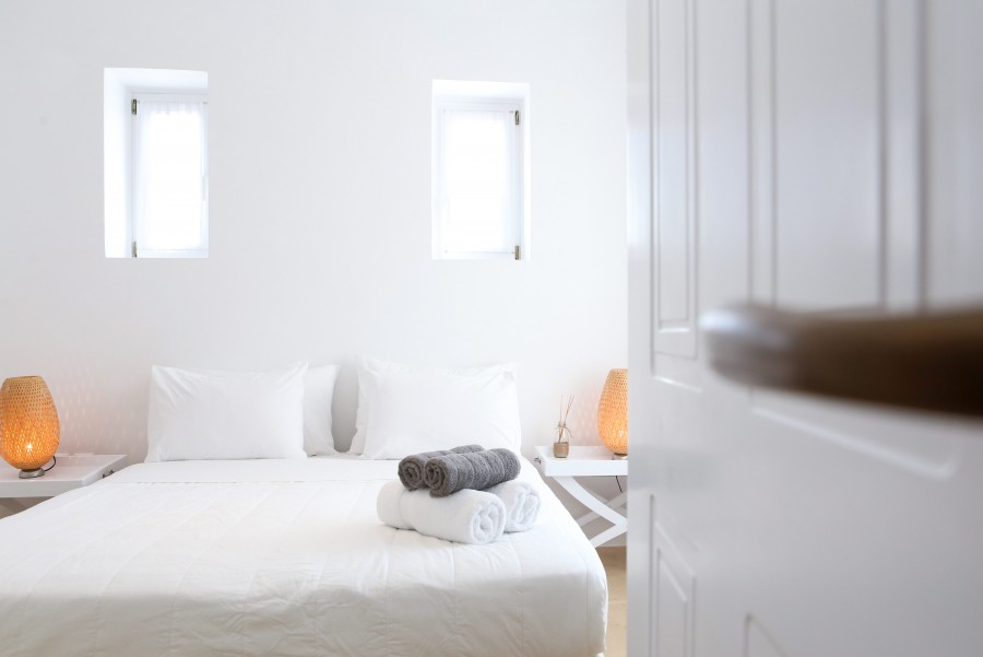 Main-House-Bedroom-5b