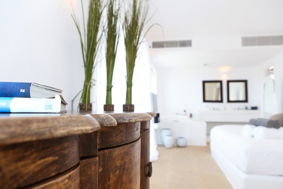 Main-House-Master-Bedroom-f